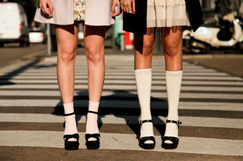 white-socks-with-black-sandals-trend