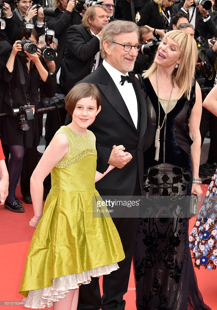 531575244_Getty_Images_The_BFG_Cannes_Premier_Ruby_Barnhill_wearing_Lazy_Francis_Dress_on_red_carpet_with_Steven_Spielberg