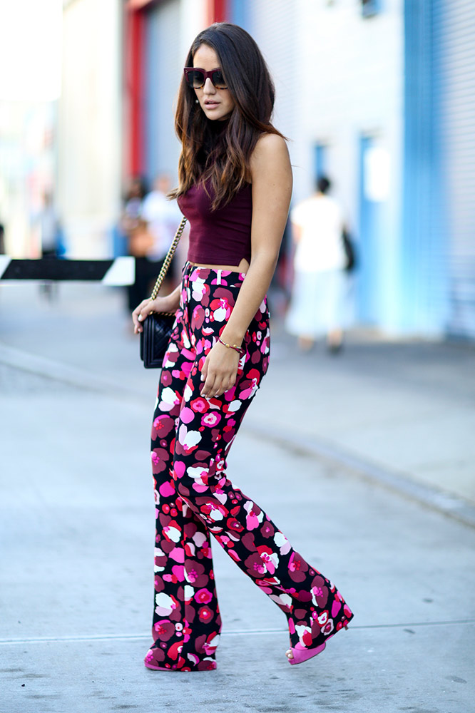 summer-prints-floral-pants-street-style