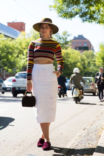 summer-prints-striped-crop-top-white-skirt-street-style