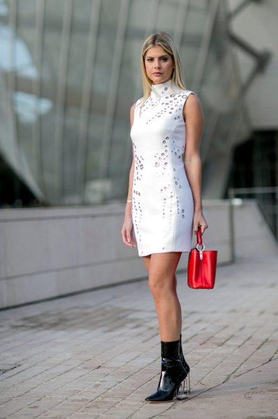 03-white-dress-black-boots-street-style