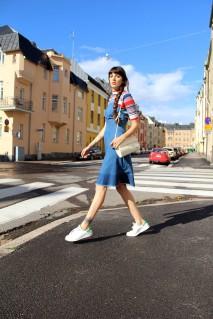 4678266_pazhalabirodriguez-fashion-blog-denim-dress-stan-smith-01