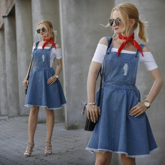 4950945_Dungaree_Dress