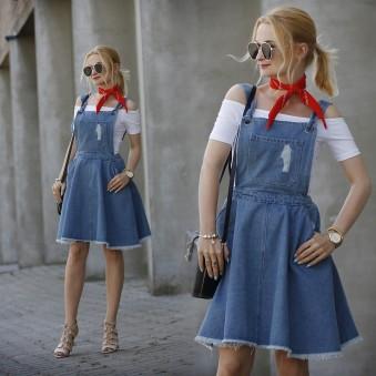 4950945_Dungaree_Dress
